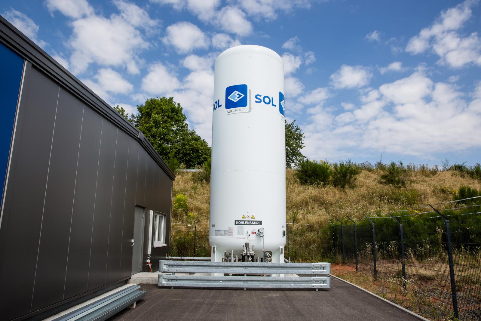 kks-kohlensäure-und-trockeneis-co2-tank